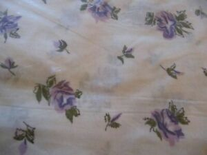 "DECOROALE BLANKET COVER LAVENDER ROSES 72""X90"" PERCALE NEW TWIN SIZE"