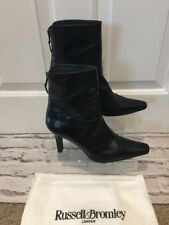 Women's Black Leather Russel & Bromley Stuart Weitzman Fitted Heel Boots