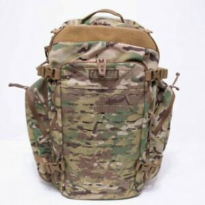 Large Military Backpack - CAMELBAK BFM 47L100oz (3L)crux in Very good condition
