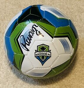 SEATTLE SOUNDERS RAUL RUIDIAZ HAND SIGNED MINI SOCCER BALL! 2019 CHAMPS! W/PROOF