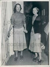 1936 1930s Socialite Women Roller Skating Mineola NY Press Photo