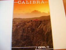petit livre de 23 pages sur OPEL CALIBRA caractéristiques techniques, équipement