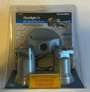 NEW Thomas & Betts Floodlight Kit, Complete kit weatherproof kit.