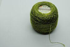 Green w Gold Metallic Threads Size 1 #63078