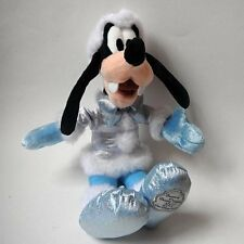 Plush GOOFY Stuffed Toy Dreaming of a Disney Holiday 2007 Winter