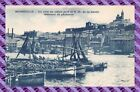 CPA 13 - MARSEILLE - un coin du vieux port et N D de la garde