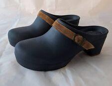 Crocs Sarah Clogs Mule Navy Blue Block Heel Brown Leather Strap Womens Size 8
