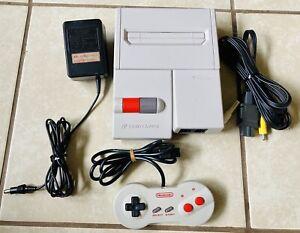Nintendo Famicom AV Top Loader Family Computer Console OEM + Dog Bone Controller