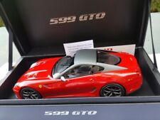 FERRARI F599 GTO ROSSO CORSA /TOIT GRIS AU 1/18 PAR MR COLLECTION.