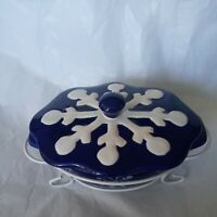 Temptations by Tara Royal Blue Snowflake Design 9 oz Mini Bakeware w/ Lid, Rack