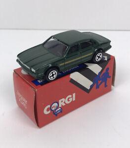New Corgi Junior model Jaguar XJ40 Racing Green 1985 (MIB
