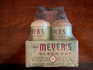 Mrs Meyer's Iowa Pine Seasonal 2 Piece Hand Care Set - Liquid Soap & Lotion