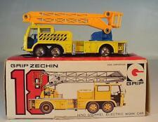 Eidai Grip 1/100 Japan Nr.18 Zechin Hino Snorkel Electric Work Car OVP #6452