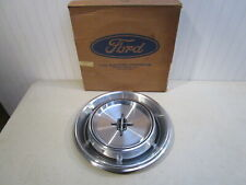 NOS 1970-1972 LINCOLN CONTINENTAL WHEEL COVER... NEW IN FORD BOX