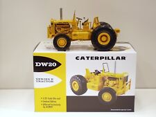 Caterpillar DW20 Tractor - 1/25 - First Gear #49-0218 - Brand New 2010