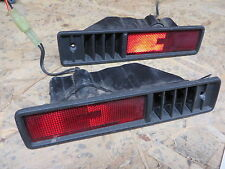 GEO TRACKER 95-98 1995-1998 REAR SIDE MARKER LIGHT SET w/ LOUVERED BEZEL RH & LH
