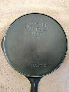 Wagner Ware No 4   - 1054 -   Cast Iron Skillet w/Heat Ring