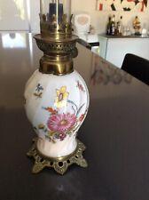 Lampe A Pétrole En Porcelaine Et Verre En Cristal Haut 44 Cm