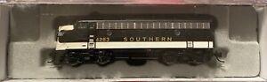 N-scale Model Railroad Car Intermountain Southern Railway  Engine F7a