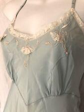 Vintage 1950s/50s Yolande Embroidered Ballerinas Slip 32-34 Sea foam