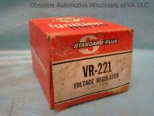 Ford 34 35 500 630 640 900 6000 IND Tractor Combine Tractor Voltage Regulator