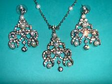 🌸 Ladies Silver Clear Rhinestone Faux Pearl  Necklace & Earring Set (N10)🌸