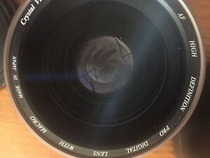 Professional digital camera lens with macro  excellent condition with case