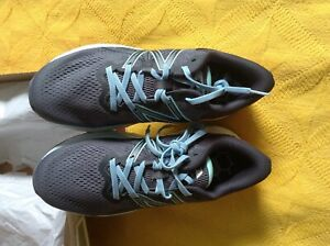 New Balance grey trainers size 6 1/2