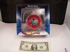 Hot Wheels Holiday Decoration Bulb With Green Gator Bait Car B0980 - 2002