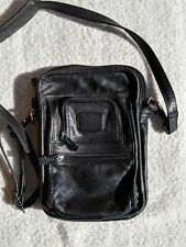 Vtg TUMI Leather Shoulder Bag Crossbody Small Travel Messenger Organizer Black