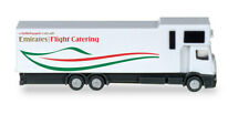 559607 Emirates Flight Catering – A380 Catering truck, 1:200