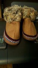 `Avon kid's cozy slipper bootie. new. size (11-12). brown furry