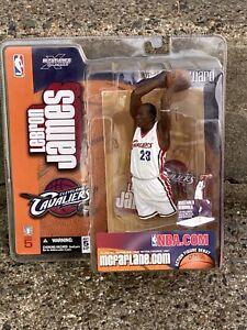 LEBRON JAMES McFarlane 2003 Series 5 Cleveland Cavaliers ROOKIE NBA Figure