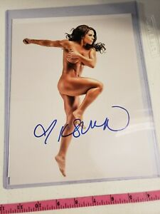 WWE/WWF DIVA NUDE KAITLYN AUTOGRAPH 8X10 PICTURE