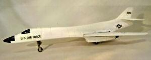 "VINTAGE 1980'S ERTL DIE CAST B-1 BOMBER U.S.AIR FORCE 10 1/2"" LONG - NEAR MINT"