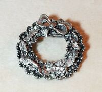 Pewter Christmas Wreath Lapel Pin Holiday Jewelry