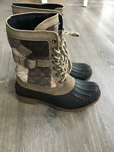 Kamik Sienna Womens Waterproof Snow Boots Brown Winter Boots Size 8 M Lace Up