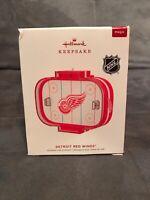 Worn Box 2019 Hallmark Keepsake MAGIC Ornament- Detroit Red Wings (NHL)  NIB