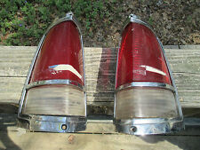 PONTIAC CATALINA STATION WAGON TAIL LIGHTS GUIDE 25S  1971 1972 1973