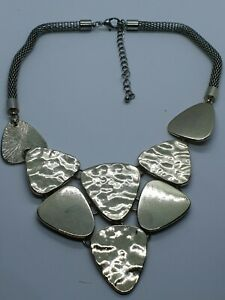 Fashion jewellery Necklaces gold tone flat plate bib style Necklaces
