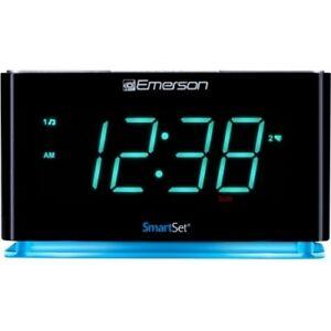 Emerson ER100301 Smartset Alarm Clock Black Slv