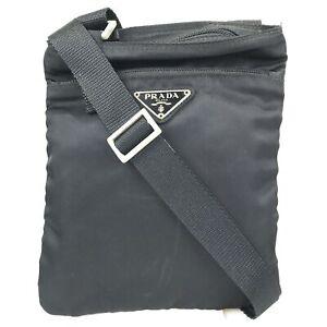 100% authentic Prada nylon shoulder bag Tesuto black used 259-2-j