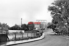 PHOTO  1983 STOKE PRIOR WORCESTERSHIRE WESTON HALL ROAD 1983THE BAYER SYNTHETIC