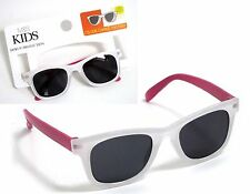 M&S YOUNG GIRLS COLOUR CHANGE PINK HEARTS SUNGLASSES 100% UV PROTECTION