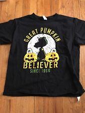AWESOME YOUTH SNOOPY GREAT PUMKIN BELIEVER T-SHIRT SZ MED.