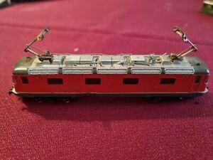 Kato 13701 locomotive