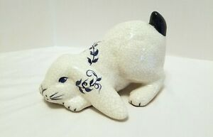 THE POTTING SHED Dedham Pottery Blue & White RABBIT FIGURINE Playful Bunny BN31