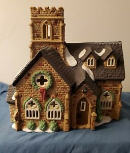 """Vintage 1989 Department 56 Dickens' Village Series """"KNOTTINGHILL CHURCH"""""""