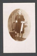 Echte Fotografie , Dame mit Blumenstrauß , sehr altes Foto Jahrhundertwende
