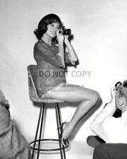 MARY TYLER MOORE LEGENDARY FILM TELEVISION ACTRESS 8X10 PUBLICITY PHOTO (ZY-787)